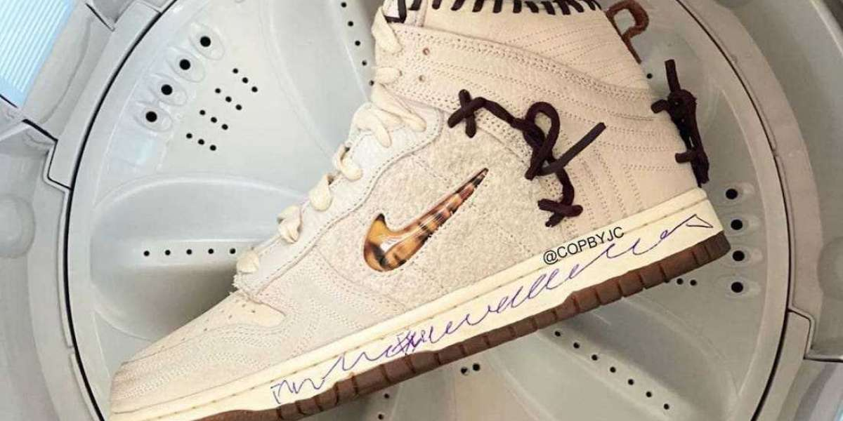 The Upcoming Bodega x Nike Dunk High Sneakers CZ8125-100