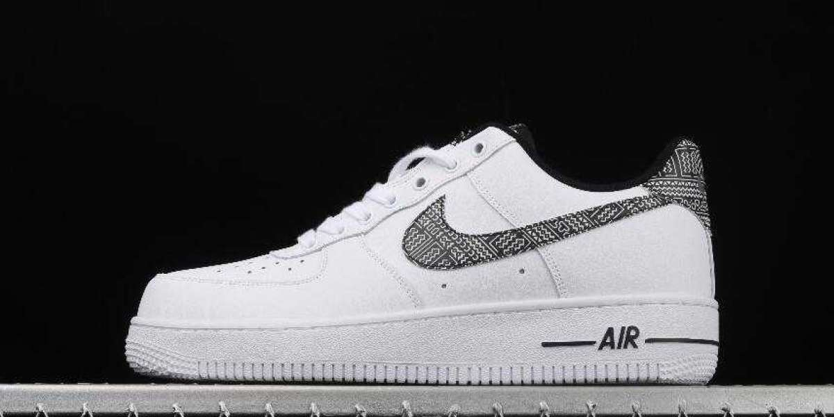 Nike Air Force 1 07 Metallic Gold Best Sell